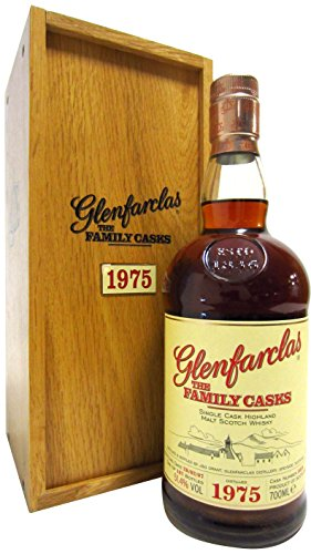 Glenfarclas - The Family Casks #5038-1975 31 year old Whisky