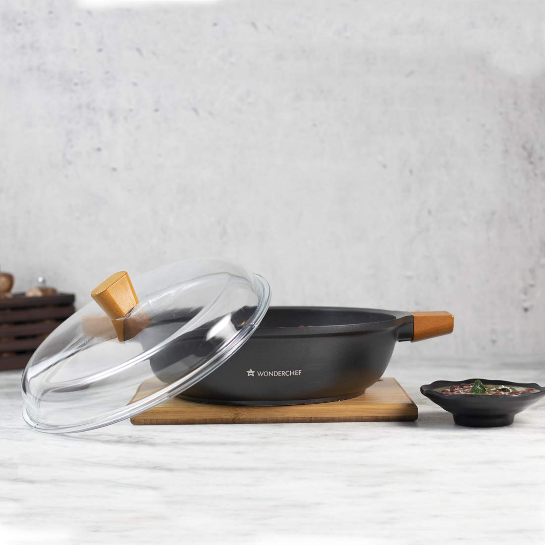 Wonder Chef Caesar Non stick Induction serving cookware, 28cm, Black