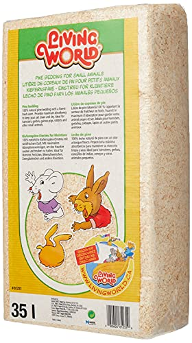 Living World Pine Shavings with a fresh forest scent, 35 Litre