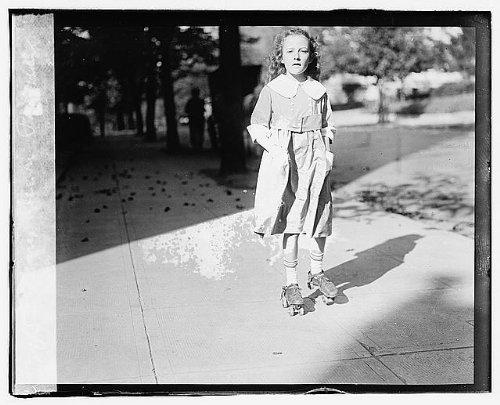 HistoricalFindings Photo: Mary Dixon Palmer,Alexander Mitchell Palmer Family,Roller Skating,Girl,1918-1920