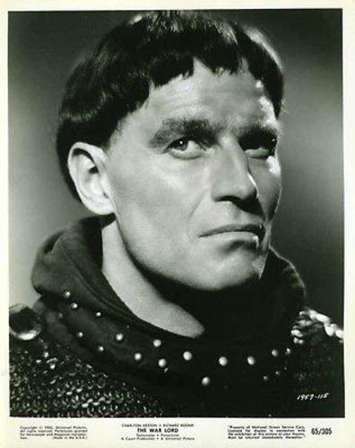 Charlton Heston The War Lord Original 8x10 Photo #H6386