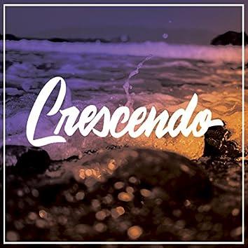 Crescendo (feat. Cait La Dee)