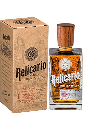 Relicario Superior Rum, Premium-Rum 40{b981645d1cf9e661bac4f19fb16e1fd201d6a0e1cd5d3949cad8f153dff58adb}, Ron 7 bis 10 Jahre gereift, stammt aus der Dominikanischen Republik (1 x 0.7 l)
