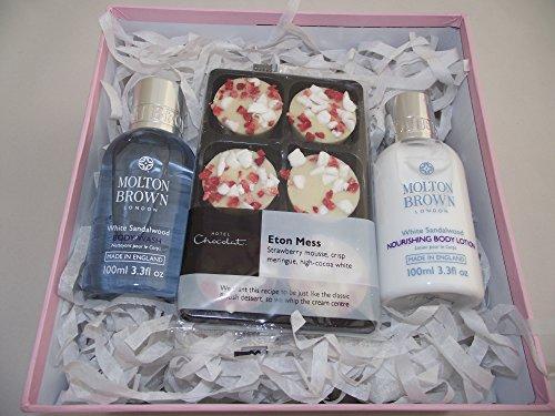 Molton Brown/hotel chocolat Bath & Body Gift set–100ml bianco lavaggio del corpo di sandalo e legno di sandalo bianco crema corpo 100ml/6lusso Etom Mess cioccolatini–in una scatola regalo