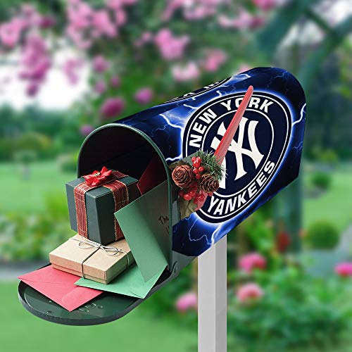 G-III Sports New York Yankees Outdoor Mailbox Post