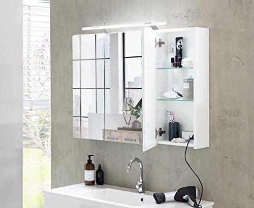 lifestyle4living Bad Spiegelschrank in Weiß, 3 Türen, LED-Beleuchtung, Steckdose | Badezimmerschrank mit Spiegel 80 cm breit, 75 cm hoch, 16-20 cm tief