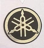 Yamaha 100% Original 25mm Diámetro Diapasón Emblema Adhesivo Logo Plata / Motociclismo Negro / Jet Ski / Atv / Nieve