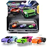 Micro Machines Starter Pack, fase de color, incluye 3 vehículos, coche de carreras con colores neón, posibilidad de algo raro, Micromachines Toy Cars Collection