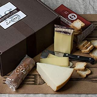 Pinot Noir Cheese Assortment in Gift Box (22.75 ounce)