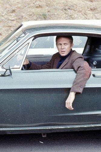 Nostalgia Store Póster de Bullitt Steve Mcqueen en la Rueda del clásico Ford Mustang 390 GT en el Set de 60 x 90 cm