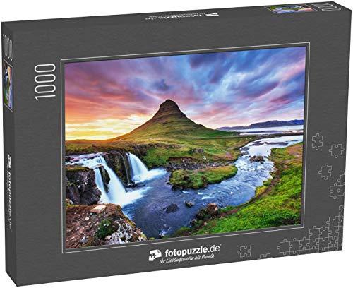 fotopuzzle.de Puzzle 1000 Teile Der malerische Sonnenuntergang über Landschaften und Wasserfällen. Kirkjufell Berg, Island (1000, 200 oder 2000 Teile)