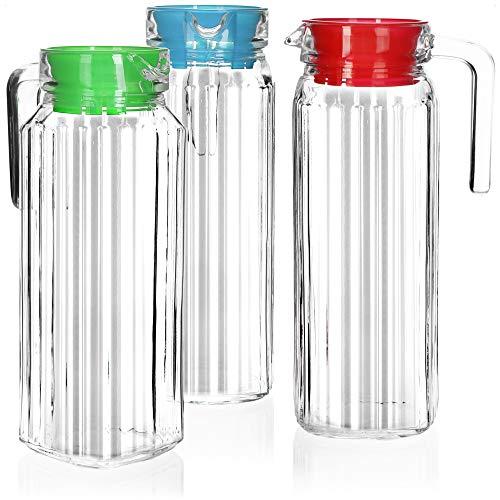 COM-FOUR 3x Caraffa di vetro con coperchio - Caraffa per acqua con manico - Caraffa di vetro da 1,1 litri per acqua, latte, succo e limonata (3 pezzi - blu/verde/rosso)