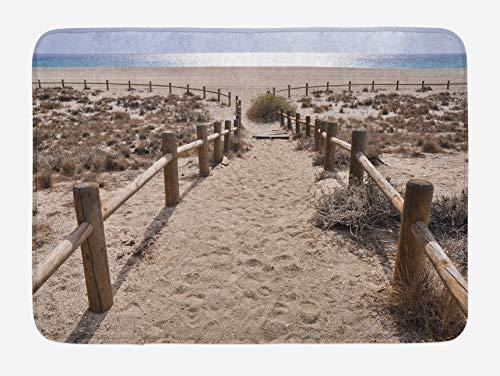 Alfombra de baño de playa, playa de San Miguel cerca de Gate Cape Atlantic Ocean Coast Serene Holiday Warm Relax Scene, alfombra de decoración de baño de felpa con respaldo antideslizante, azul beige