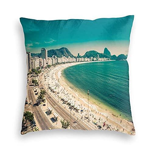 Tcerlcir Fundas Decorativas para Cojines Funda de cojín Copacabana Beach Ipanema Sugar Loaf Mountain en Río Playas Famosas del Mundo para sofá, Dormitorio, Coche, 18 x 18 Pulgadas