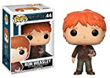 Funko Pop! Movies: Harry Potter - Ron Weasley with Scabbers Vinyl Figure (Bundled with Pop Box Protector Case)