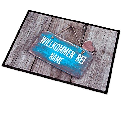 Cera & Toys® Fußmatte mit persönlichem Aufdruck 50x70 cm - Holz mit Türschild und Herz - mit Wunschname