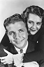 Dick Powell and Bebe Daniels in 42nd Street loving couple cheek to cheek 24x36 Poster