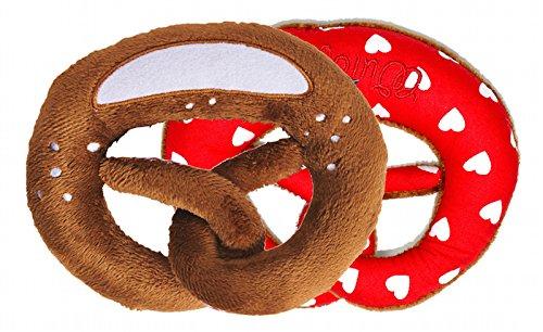 Wildfang by Nyani | Stofftier Plüsch-Brezel als Baby-Rassel | Stoffbrezel für Kleinkinder als Spielzeug-Geschenk (rot/weißes Herz-Muster und Rassel)