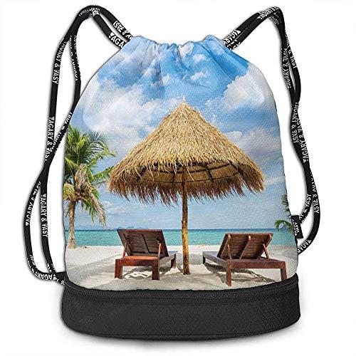 Urlaub in tropischen Liegestühlen Sonnenschirm und Palmen am Strand Beam Drawstring Rucksack Unisex