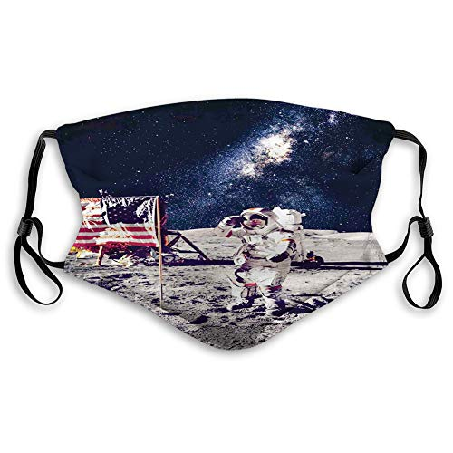MundschutzWiederverwendbarerMundschutzimFreienGesichtsbedeckung,American Cosmonaut with USA Flag on Moon Digital Pilot Space Dis y Photo,NahtloseRänderAußenabdeckungen