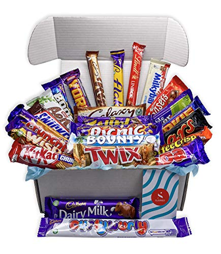 Chocolate Selection Gift Box with Over A Kilo of Chocolate Lovers Favourite Full Sized Chocolate Bars for Special Occasions Or Just to Treat Yourself
