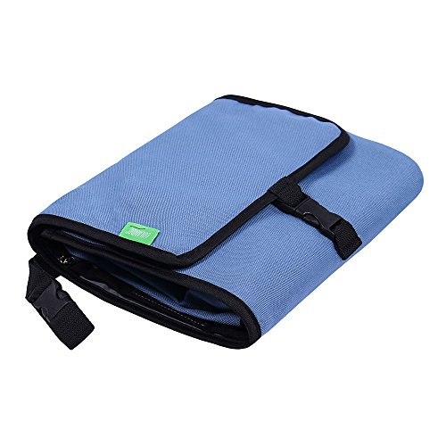 LULANDO Baby Reise-Wickelunterlage (50 x 60 cm). Tragbare und wasserdichte Wickelauflage Wickelmatte für unterwegs, praktische Pflegematte für Kinderwagen (Blue)