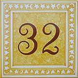 Placa de puerta con número de su elección. Azulejo pintado a mano, loza vidriada, 15x15cm