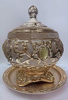 Sopera Dorada de Ochun con decoraciones en Dorado y Piedras incrustadas y Plato.o