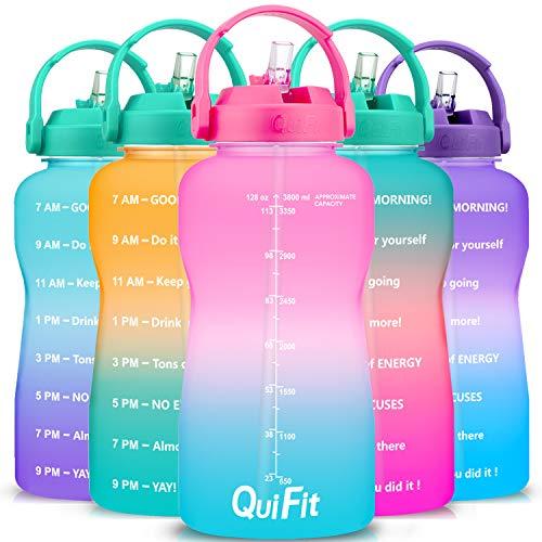 QuiFit 3,8 l/2 Liter motivierende Trinkhalm-Wasserflasche – mit Zeitmarkierung, BPA-frei, auslaufsicher, langlebig, für Fitness-Outdoor-Enthusiasten, Rosa/Blau Farbverlauf., 2L