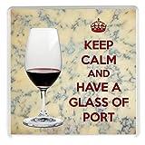 KEEP CALM and HAVE A Copa de Oporto posavasos impreso en una imagen de una copa de Oporto con un fondo de queso Stilton. Un regalo único para un puerto y amante de queso Stilton.
