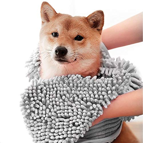 ColorYLife Dog Towel - Microfiber Super Shammy with Hand Pockets, Ultra Absorbent Quick Dry Pet Bath Towels for Small, Medium, Large Dogs and Cats (Medium, 24'' x 14'', Grey)