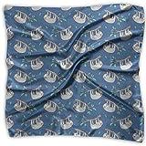 Perezosos perezosos en rama del árbol con hojas en azul unisex multifuncional Bandanas bufanda de bolsillo de seda pañuelo cuadrado para diadema, envoltura, cobertura protectora de 60 x 60 cm