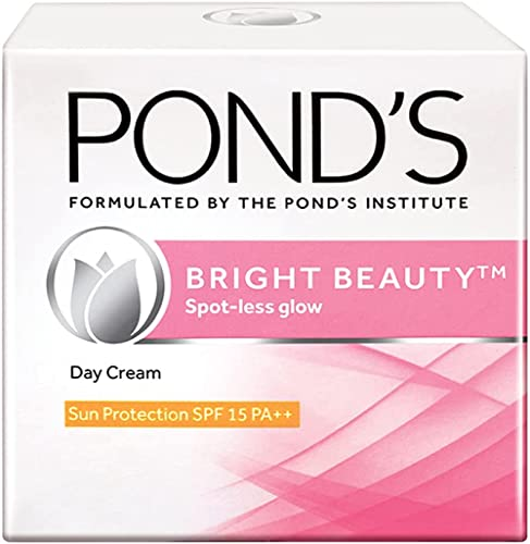 POND'S Bright Beauty SPF 15 Day Cream 50 g, Non-Oily, Mattifying Daily Face Moisturizer - With Niacinamide to Lighten...