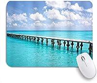 NIESIKKLAマウスパッド 澄んだ空の海と晴れた日の熱帯海のパターンで木製の橋鴨 ゲーミング オフィス最適 高級感 おしゃれ 防水 耐久性が良い 滑り止めゴム底 ゲーミングなど適用 用ノートブックコンピュータマウスマット