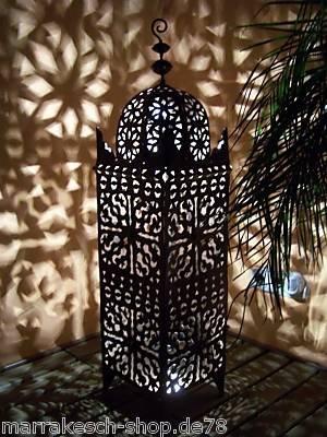 Orientalische Laterne aus Metall Schwarz Frane 105cm groß | Marokkanische Gartenlaterne für draußen, Innen als Bodenlaterne | Marokkanisches Gartenwindlicht Windlicht hängend oder zum hinstellen