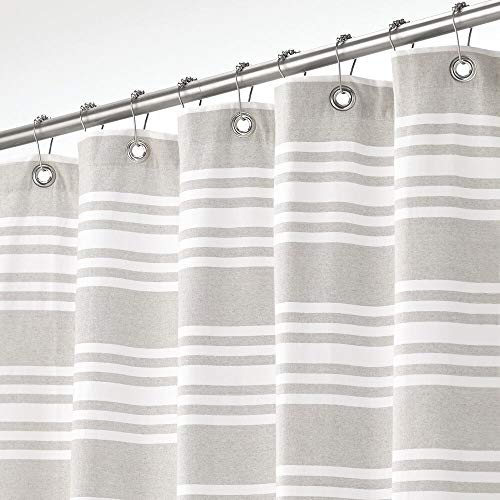 mDesign Cortina de ducha 100% de algodón – Cortinas de baño a rayas para ducha y bañera de 183 cm x 183 cm – Accesorios de baño duraderos con ojales reforzados – gris claro