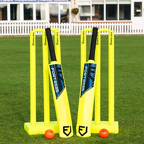 FORTRESS Garden Cricket Set - Kwik Cricket Set - Bats Balls Stumps & Bag - Three Sizes (Junior)