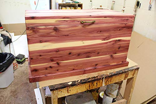 Cedar chest, hope chest, blanket box, bedroom furniture, toy chest, trunk, living room furniture