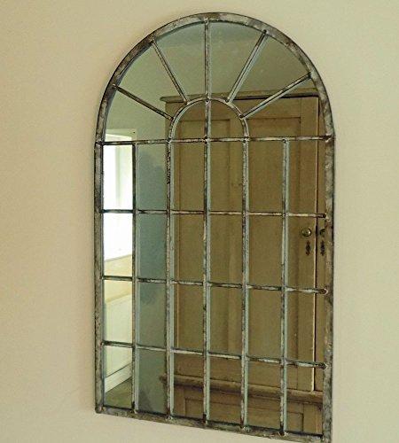 Espejo con diseño de ventana urbana industrial pequeña en arco, metálico