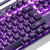 Immagine 1 computer desktop con tastiera cablata