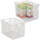 mDesign Juego de 2 cajas organizadoras multiusos – Organizador de cocina y despensa versátil – 30,5 cm x 22,8 cm x 20,3 cm – Cesta de metal universal con asas – plateado mate