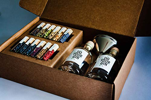 DO YOUR GIN - kit Gin Tonic para Elaboración de Ginebra - 12 Productos Botánicos de Alta Calidad - En Hermosas Botellas de Especias - El Regalo Perfecto para Hombres y Mujeres - Incluye 2 Botellas