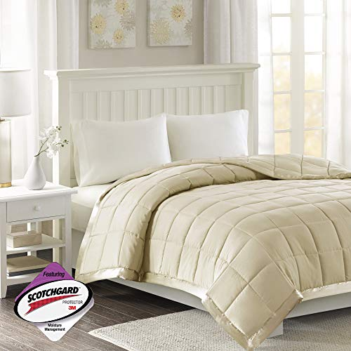 Madison Park Windom Lightweight All Season Stain Resistant Down Alternative with 3M Scotchguard Blanket Satin Trim, King: 90'x108', Ivory