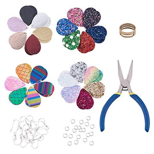 PandaHall Juego de 180 pendientes de piel sintética, 4 pendientes de piel con forma de lágrima y 60 ganchos para aretes, 70 anillos de salto, abridor de anillos y alicates.