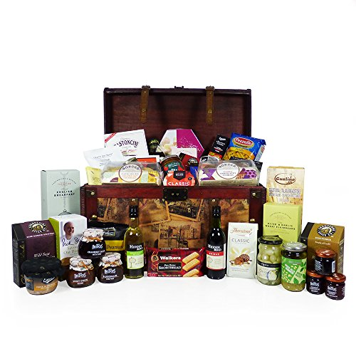 'Delicious Treats' Gourmet Food and Wine Hamper Presented in a Vintage Style Keepsake Chest (includes 40 Delicious Food Items) Gift ideas for Mum, Mothers Day, Valentines, Christmas, Birthday, Business and Corporate, Anniversary, Dad, Fathers Day, Student