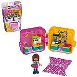 Ispira emozionanti avventure LEGO Friends ovunque tu vada con questo set di animali portatile; consente alle bambine di giocare con la mini doll e il negozio di animali ovunque vadano I cubi racchiudono un divertimento in un piccolo spazio; gli acces...
