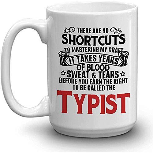 TYPIST Coffee Mug - SUDADERA DE SANGRE LÁGRIMAS GANADAS TYPIST