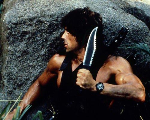 Rambo: First Blood Part II con Sylvester Stallone 14x 11fotografía de promoción con gran cuchillo