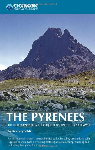 The Pyrenees. The High Pyrenees from the Cirque de Lescun to the Carlit Massif. Cicerone. (World mountain ranges) [Idioma Inglés]: 0