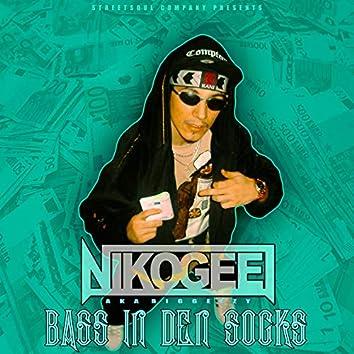 Bags in den Socks